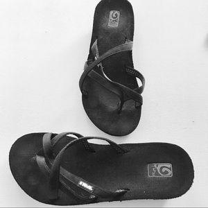 Teva Black Wedge Sandals Size 8 EUC